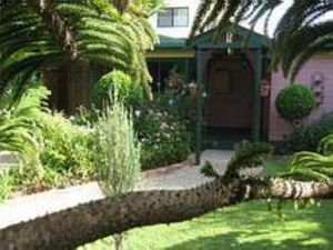 Chelsand Cottage - Australia Accommodation