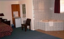 Bushmans Comfort Inn - Parkes - Australia Accommodation