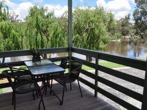 Euston Riverfront Caravan Park and Cafe