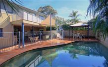 Bidgee Bankside Cottage - Australia Accommodation