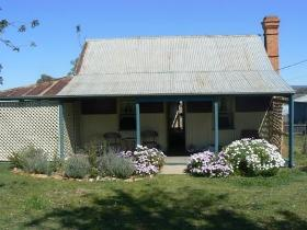 Rachels Cottage - Australia Accommodation