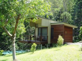 Montville Ocean View Cottages - Australia Accommodation