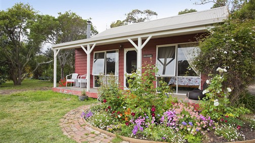 Freshwater Creek Cottages - Australia Accommodation