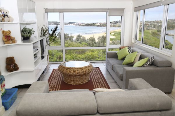 A Beach House Near Manly Two