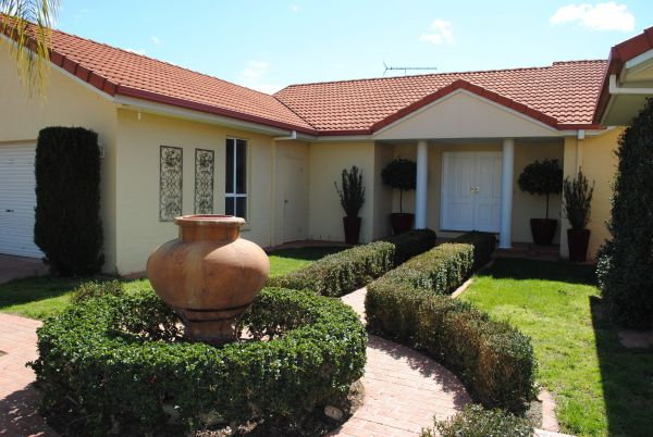 Casa Pizzini Bed and Breakfast - Australia Accommodation