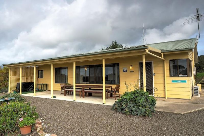 Emu Bay Holiday Homes - Australia Accommodation
