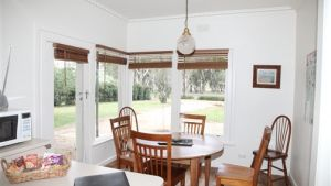 Riga Country Retreat - Australia Accommodation