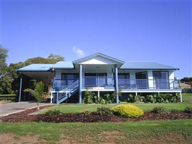 Birubi House - Australia Accommodation