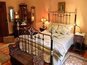 Buxton Manor - Butlers Apartment - Australia Accommodation
