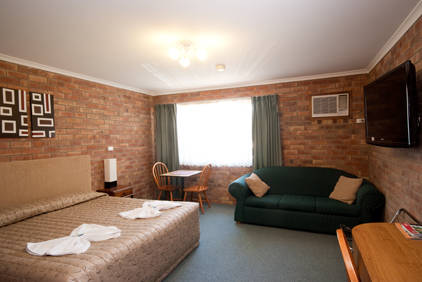 Allan Cunningham Motel and Old Wagon Restaurant - Australia Accommodation