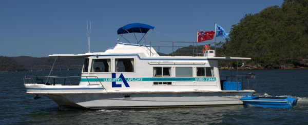 Luxury Afloat Hawkesbury River and Brooklyn - Australia Accommodation