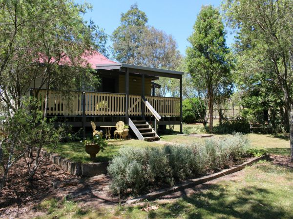 Fosterton School House - Australia Accommodation