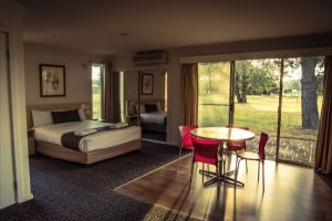 Yowani Country Club - Australia Accommodation