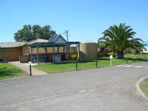Discovery Holiday Parks - Adelaide Beachfront - Australia Accommodation