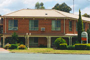 Hamiltons Townhouse Motel - Australia Accommodation