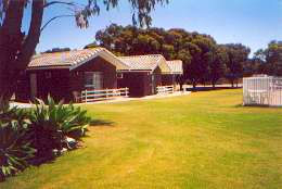 Highview Holiday Village Caravan Park - Australia Accommodation