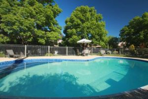 Mansfield Valley Motor Inn - Australia Accommodation