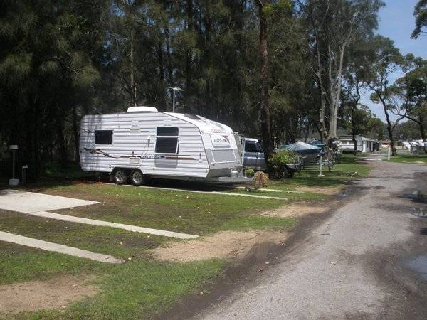 Riverside Caravan Park - Australia Accommodation
