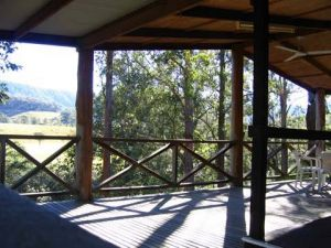 Riverwood Downs Mountain Valley Resort - Australia Accommodation