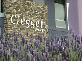Cleggett Wines - Australia Accommodation