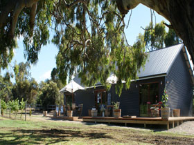 No. 58 Cellar Door  Gallery - Australia Accommodation