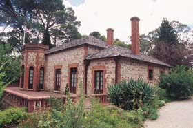 Old Government House - Australia Accommodation