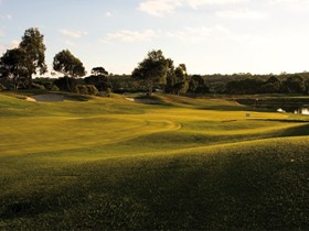 McCracken Country Club Golf Course - Australia Accommodation