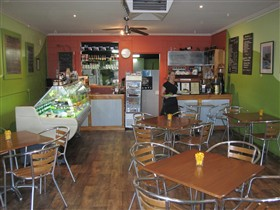 Cafe Lime and Gourmet Foodstore - Australia Accommodation
