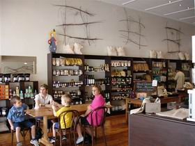 Blond Coffee and Store - Australia Accommodation