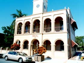 Mackay Town Hall - Australia Accommodation