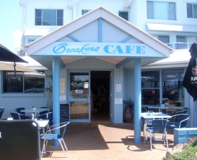 Breakers Cafe and Restaurant - Australia Accommodation