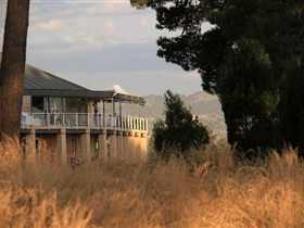 Glenelg Golf Club and Pinehill Bistro - Australia Accommodation