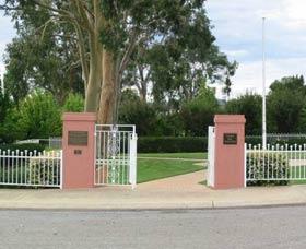 Japanese and Australian War Cemeteries - Australia Accommodation
