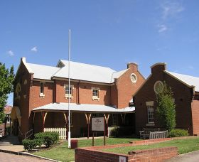 The Cowra Heritage Walk - Australia Accommodation