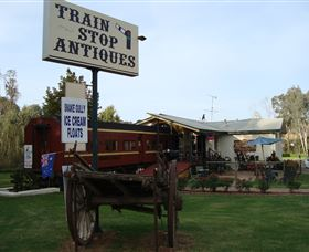 Train Stop Antiques - Australia Accommodation