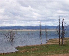 Lake Eucumbene - Australia Accommodation
