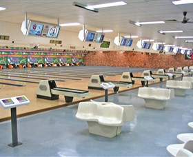 Bateau Bay Ten Pin Bowl - Australia Accommodation