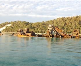 Tangalooma Wrecks Dive Site - Australia Accommodation