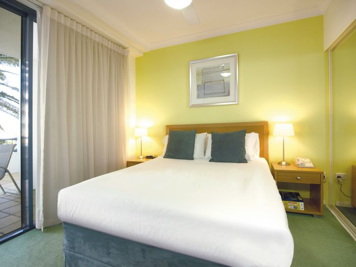 Oaks Calypso Plaza - Australia Accommodation
