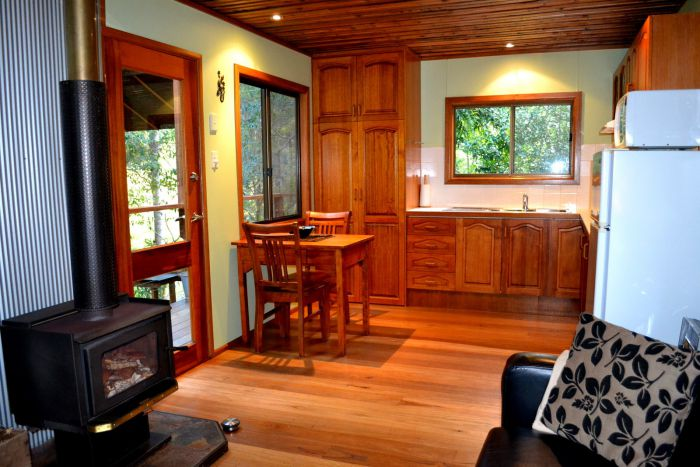 Waterfall Hideout-Rainforest Cabin for Couples - Australia Accommodation