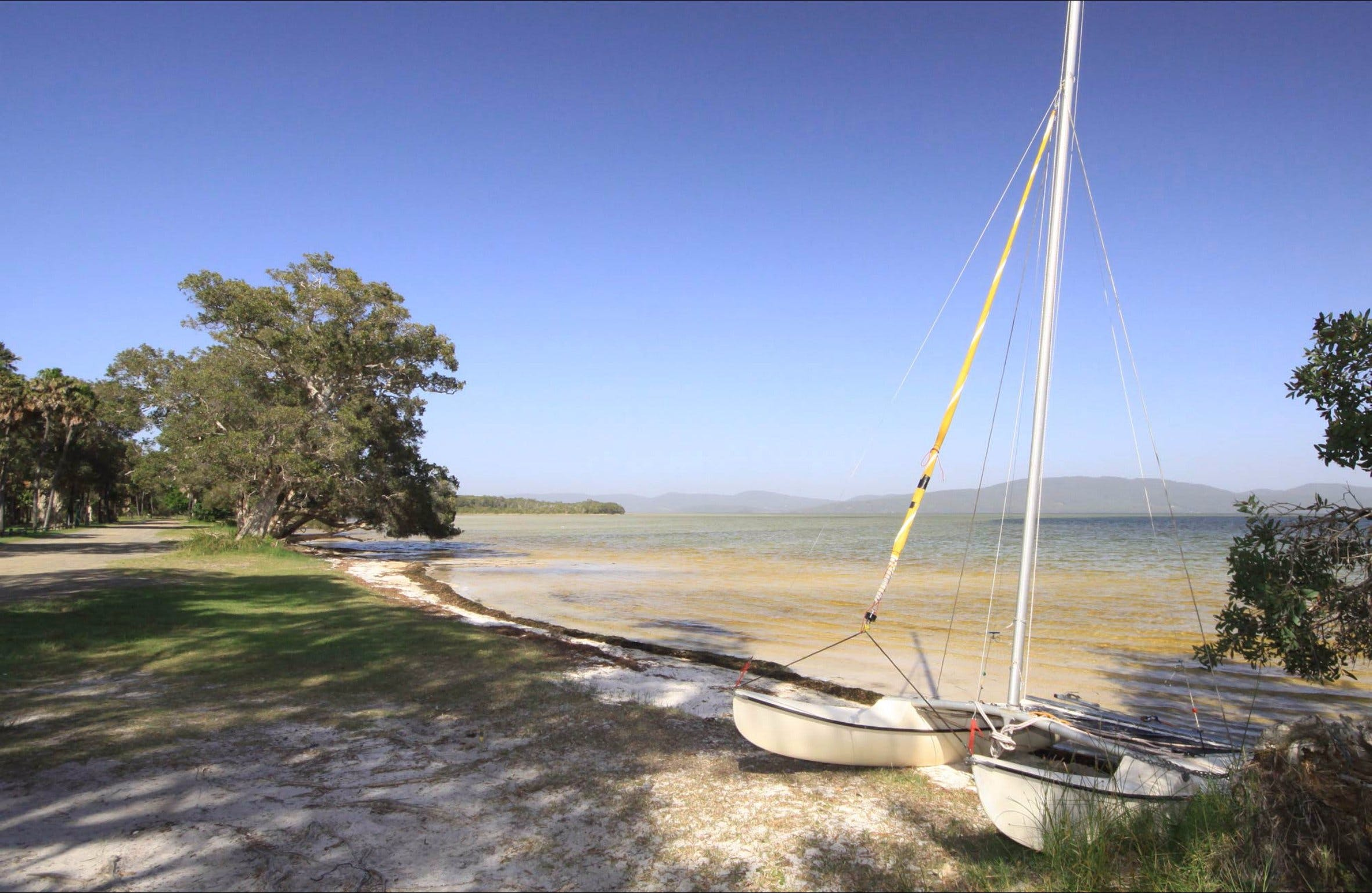 Sailing Club picnic area - Australia Accommodation