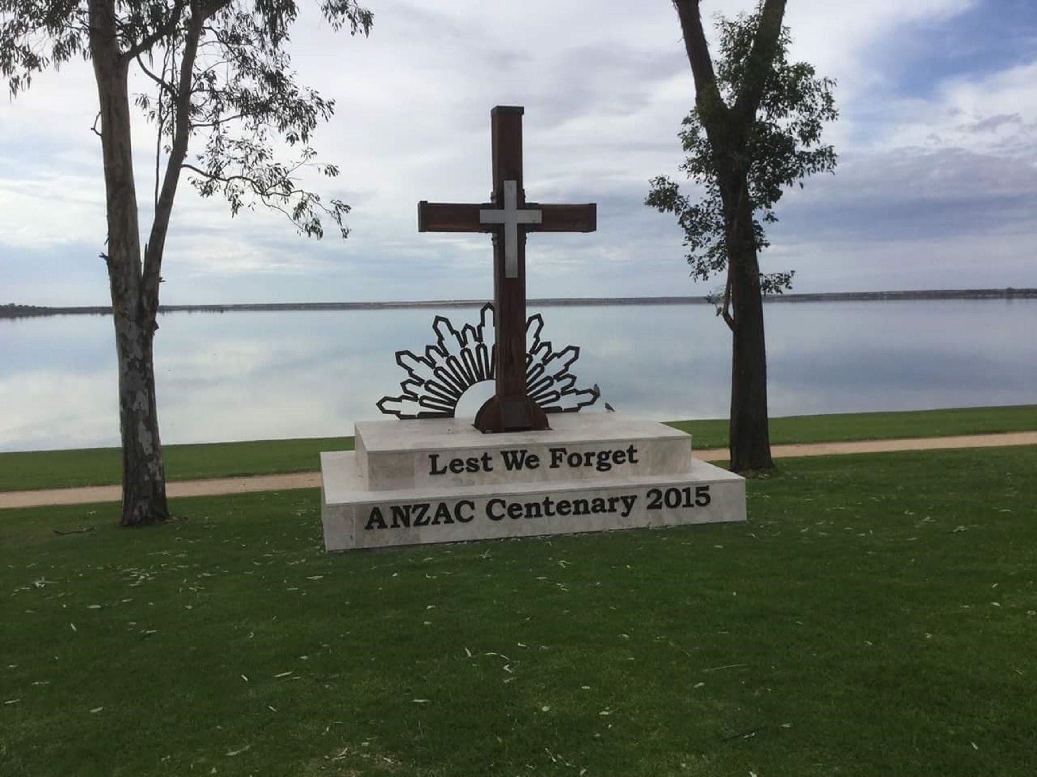 Anzac Centenary Cross - Australia Accommodation