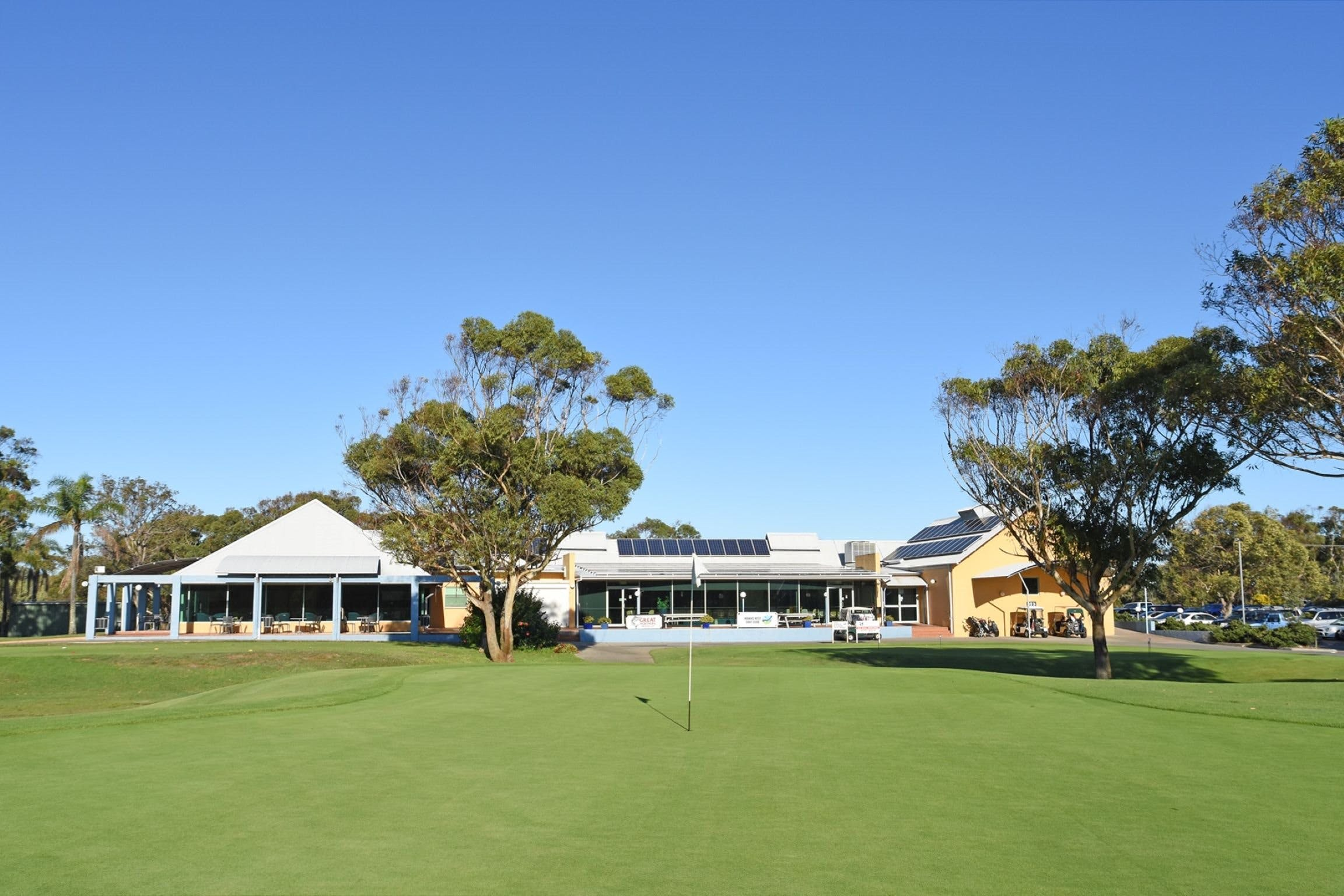 Hawks Nest Golf Club - Australia Accommodation