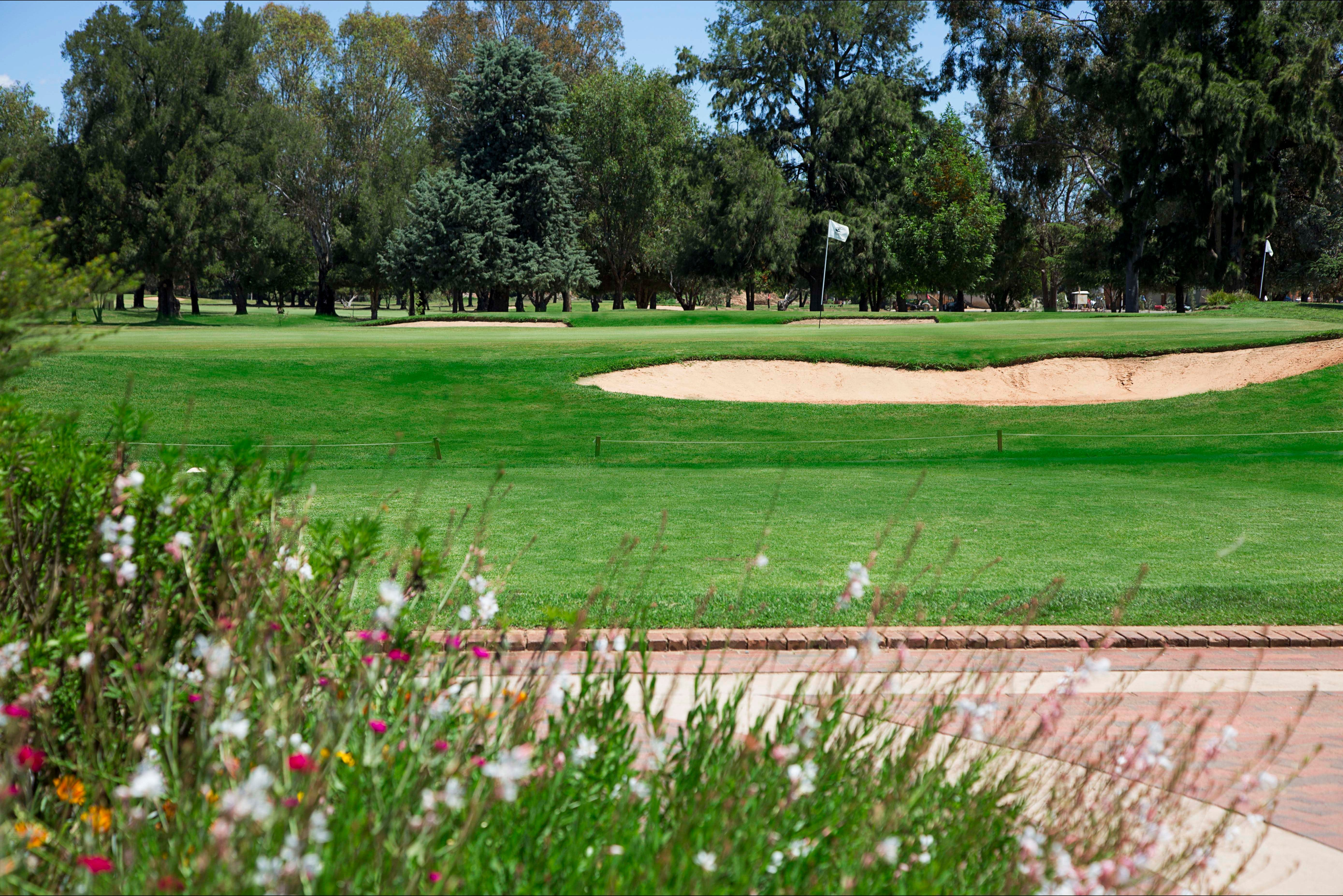 Howlong Golf Resort - Australia Accommodation