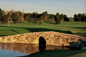 Camden Golf Club - Australia Accommodation
