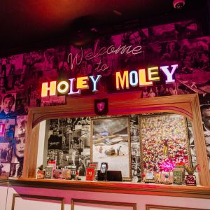 Holey Moley Charlestown - Australia Accommodation