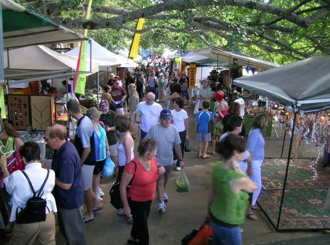 Eumundi Markets - Australia Accommodation