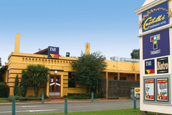 Castello's at Pakenham - Australia Accommodation
