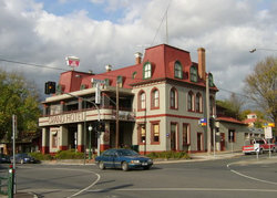 The Grand Hotel Healesville - Australia Accommodation
