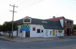 Black Lion Inn Hotel - Australia Accommodation